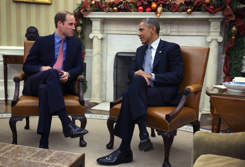 Politicians mirroring body language